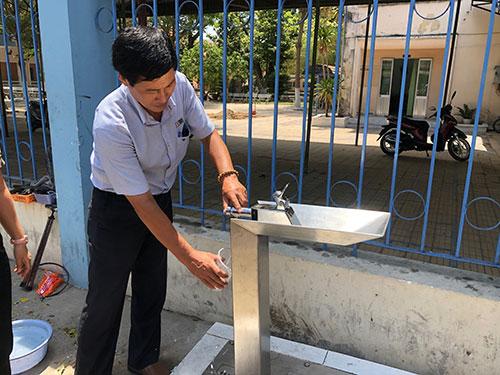DNP Water lắp đặt 4 trụ nước uống tự động phục vụ cộng đồng tại Phan Thiết
